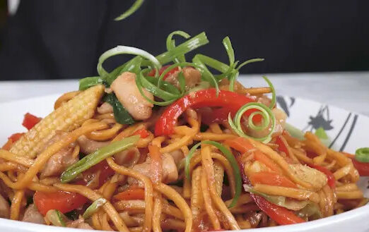 How to make chicken chow mein like the takeaway